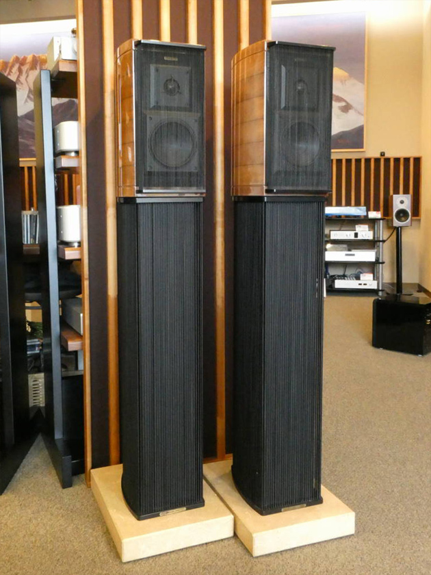 Sonus faber GUARNERI Homage